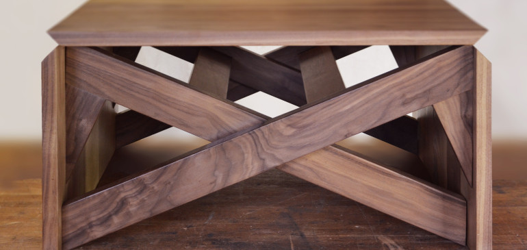 Walnut transforming coffee/table